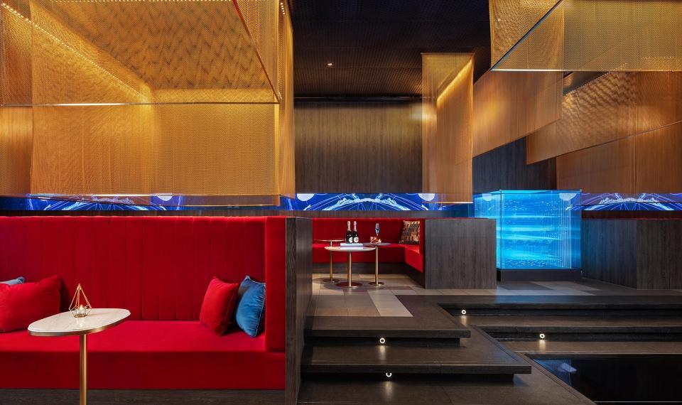 014-the-top-of-cloud-restaurant-china-by-rsaaburo-ziyu-zhuang-960x570.jpg