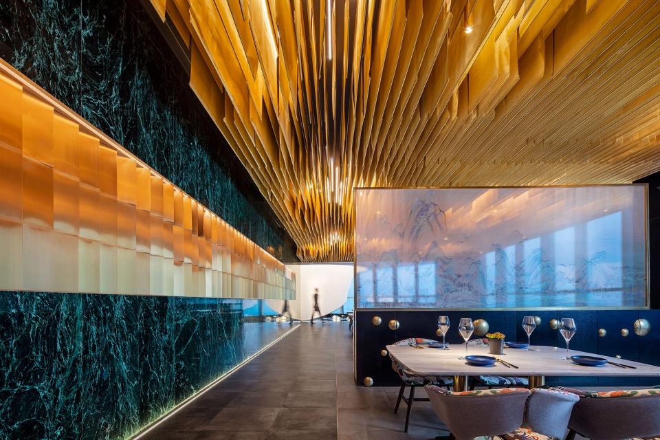 020-the-top-of-cloud-restaurant-china-by-rsaaburo-ziyu-zhuang-960x640.jpg