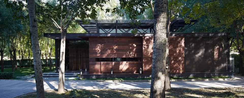 001-Blue-Lake-House-by-Fenghemucheng-art-design-28-960x387.jpg