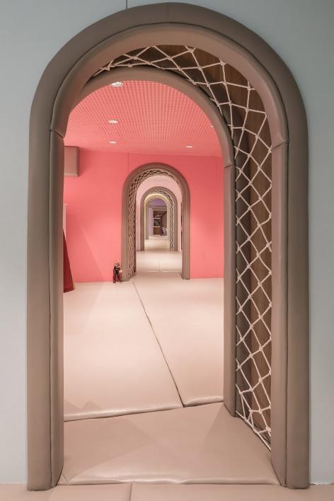 16-vitaland-kid-restaurant-childrens-treehouse-park-by-golucci-interior-architects-472x708.jpg