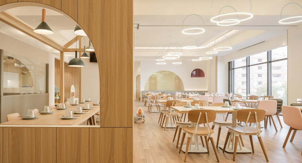 07-vitaland-kid-restaurant-childrens-treehouse-park-by-golucci-interior-architects-960x519.jpg