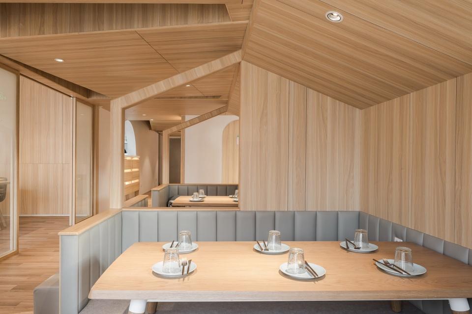 12-vitaland-kid-restaurant-childrens-treehouse-park-by-golucci-interior-architects-960x640.jpg