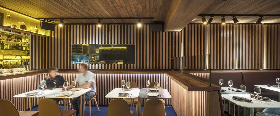 13-txalupa-gastroleku-restaurant-by-el-equipo-creativo-960x398.jpg