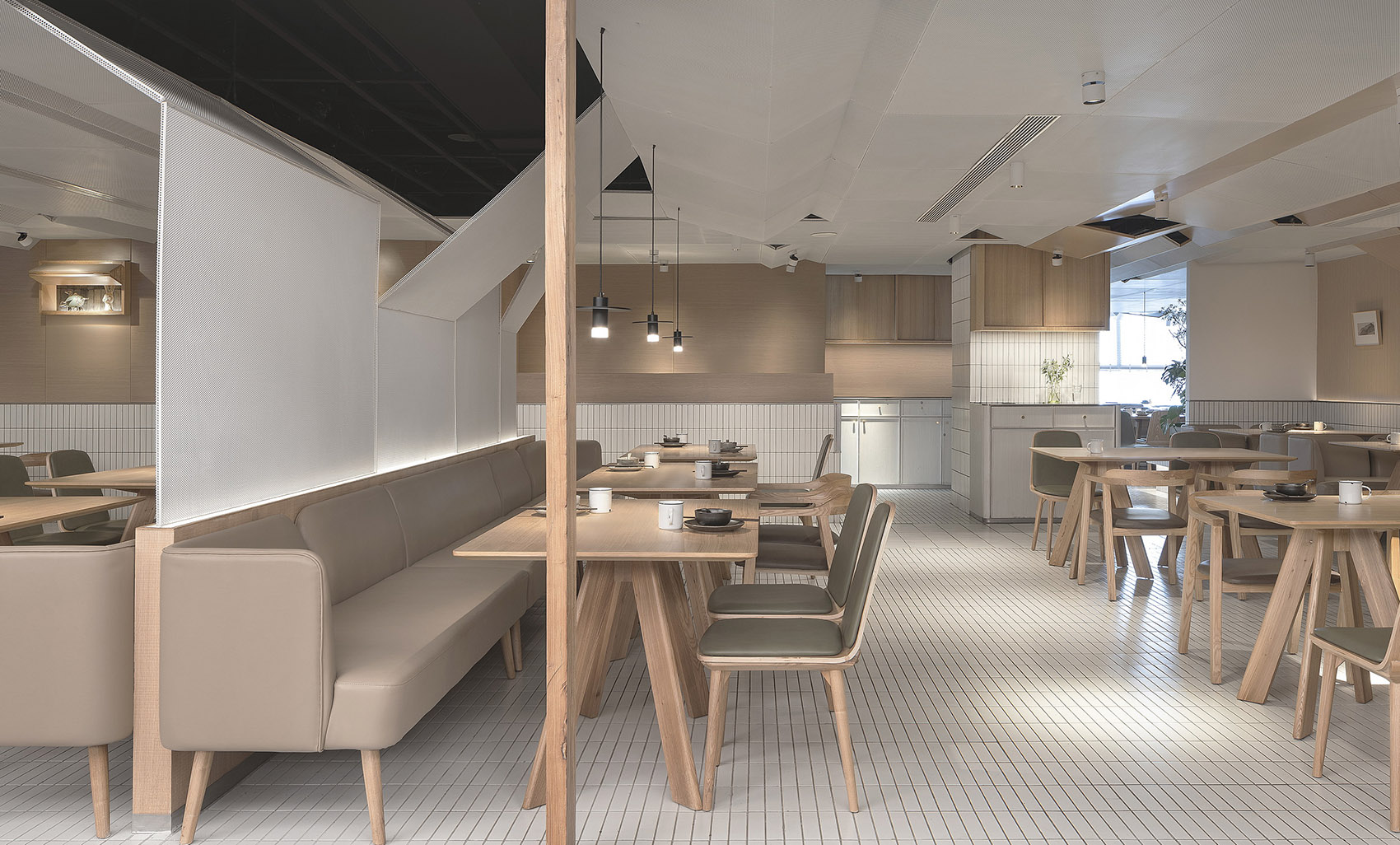 009-goose-hut-home-bistro-china-by-golucci-interior-architects.jpg