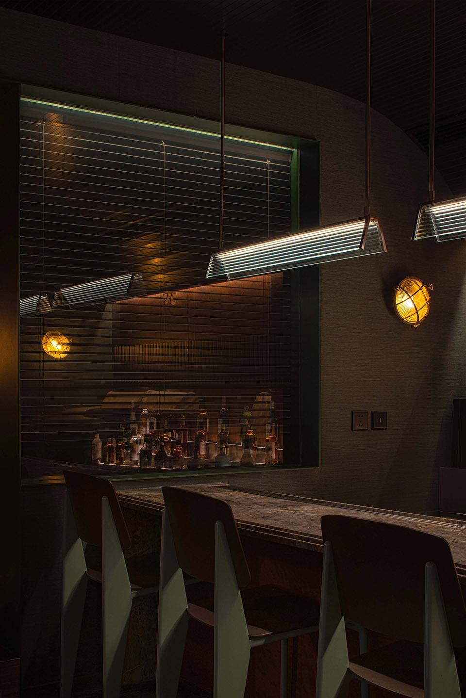 016-bar-pai-china-by-iz-design-studio-960x1439.jpg