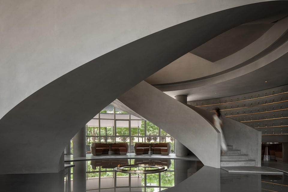 10-Laopu-Peking-Duck-Restaurant_Benmo-Beni-Space-Design-960x640.jpg