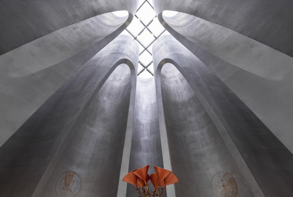 014-the-flow-of-grain-beer-museum-by-waterfrom-design-960x644.jpg