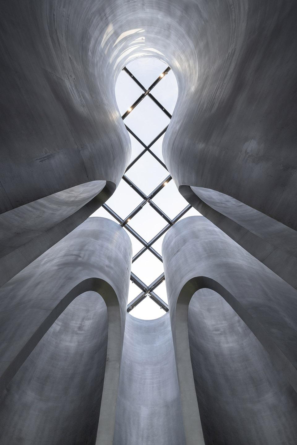 012-the-flow-of-grain-beer-museum-by-waterfrom-design-960x1439.jpg