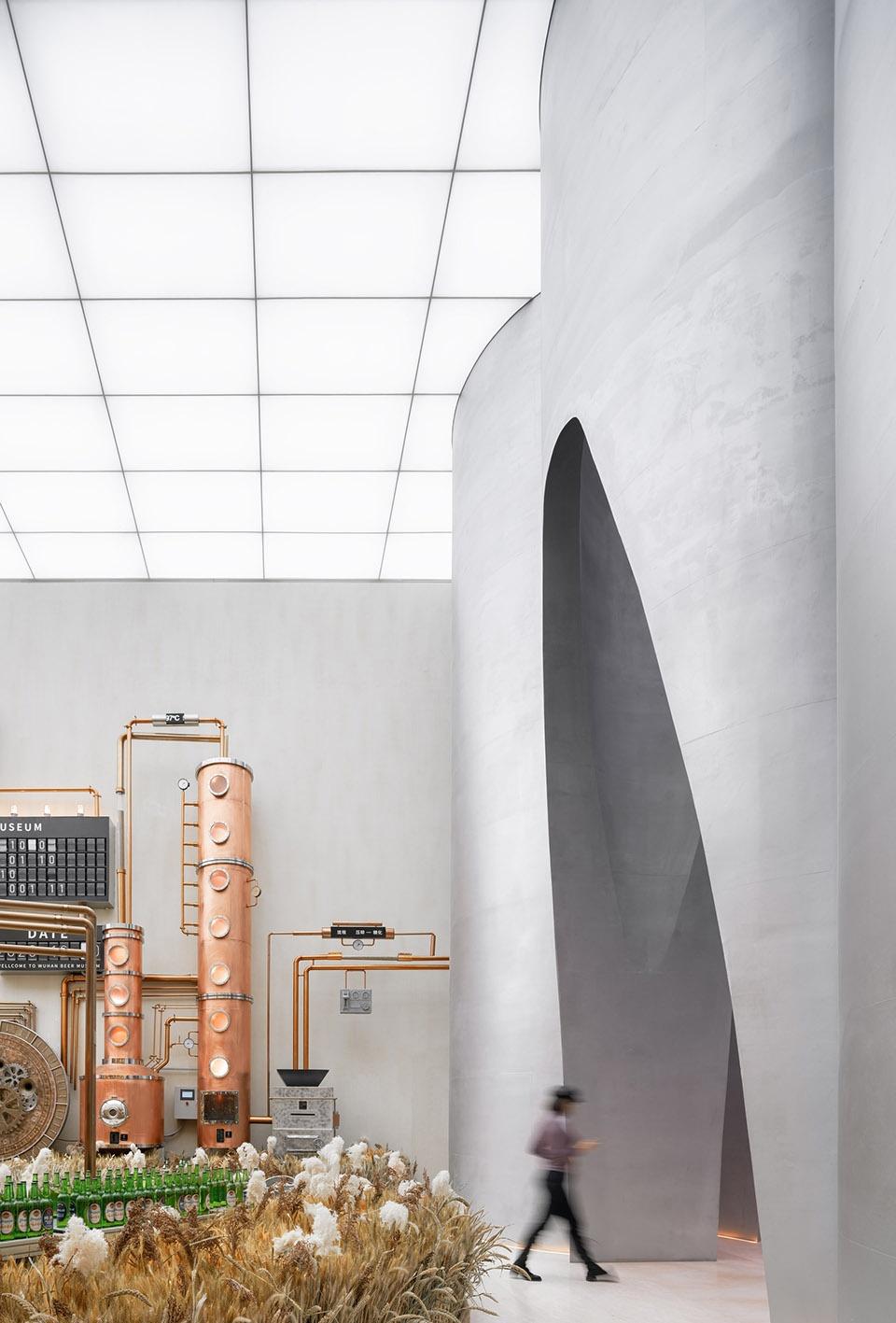028-the-flow-of-grain-beer-museum-by-waterfrom-design-960x1417.jpg