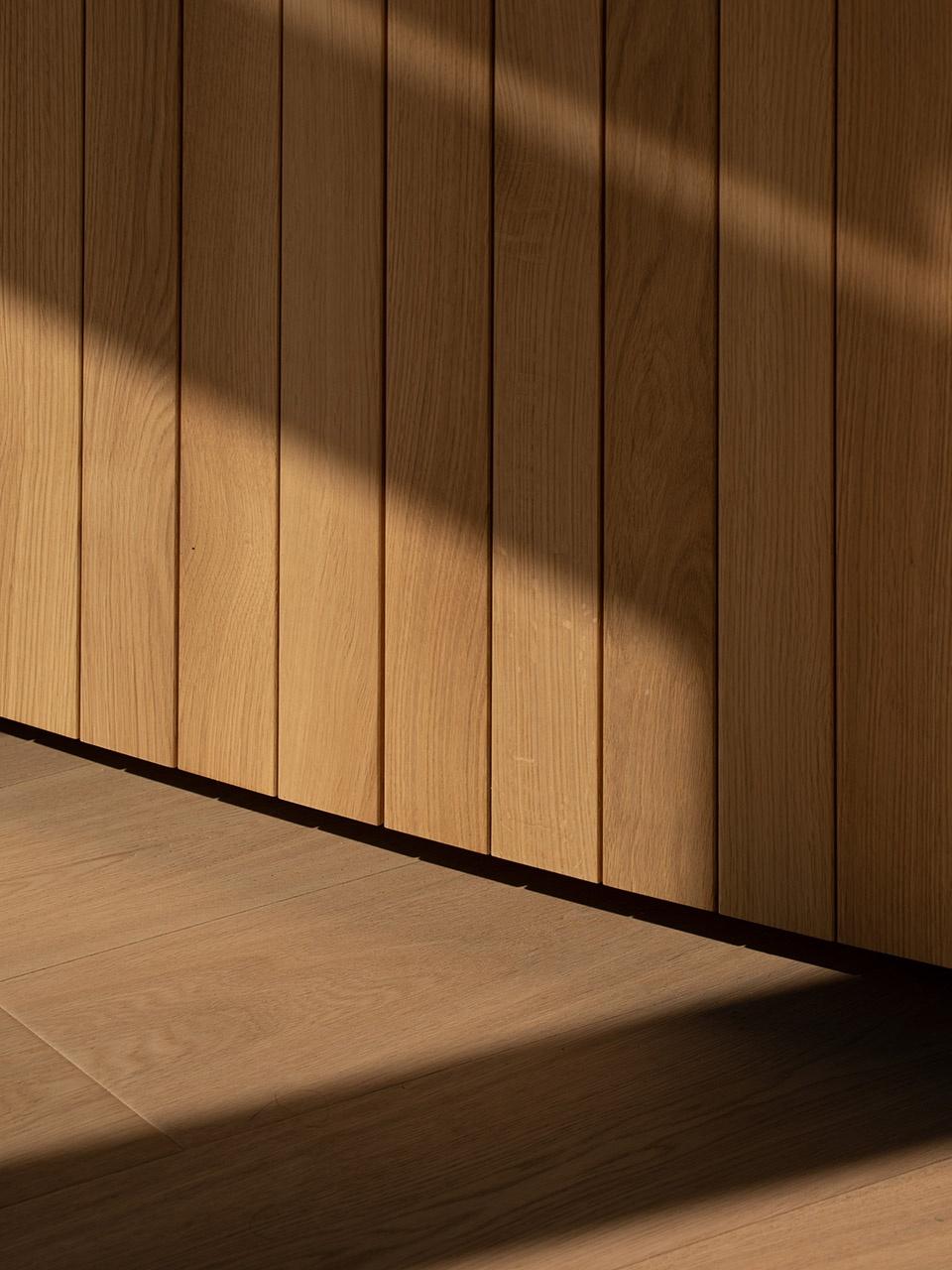 45-Blue-Bottle-Coffee-MinatoMirai-Cafe_Keiji-Ashizawa-Design-960x1280.jpg