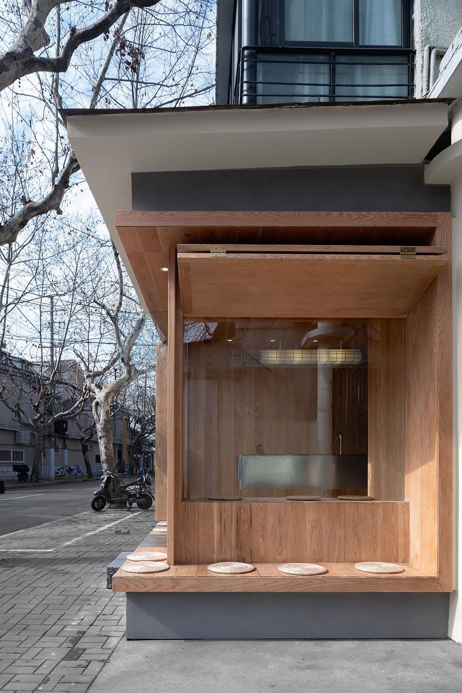 009-yijian-cafe-china-by-golucci-interior-architects-960x1440.jpg