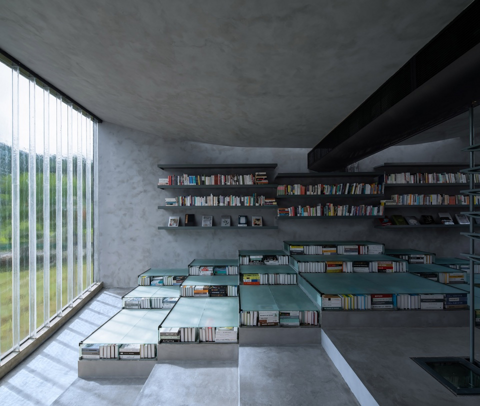 024-bridge-gallery-shanghai-joint-publishing-company-bookstore-at-taoyuan-huangshan-by-atelier-lai-960x812.jpg